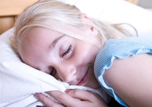 睡美人青春美麗的秘密:美容覺如何睡?什麼是睡眠黃金時間?