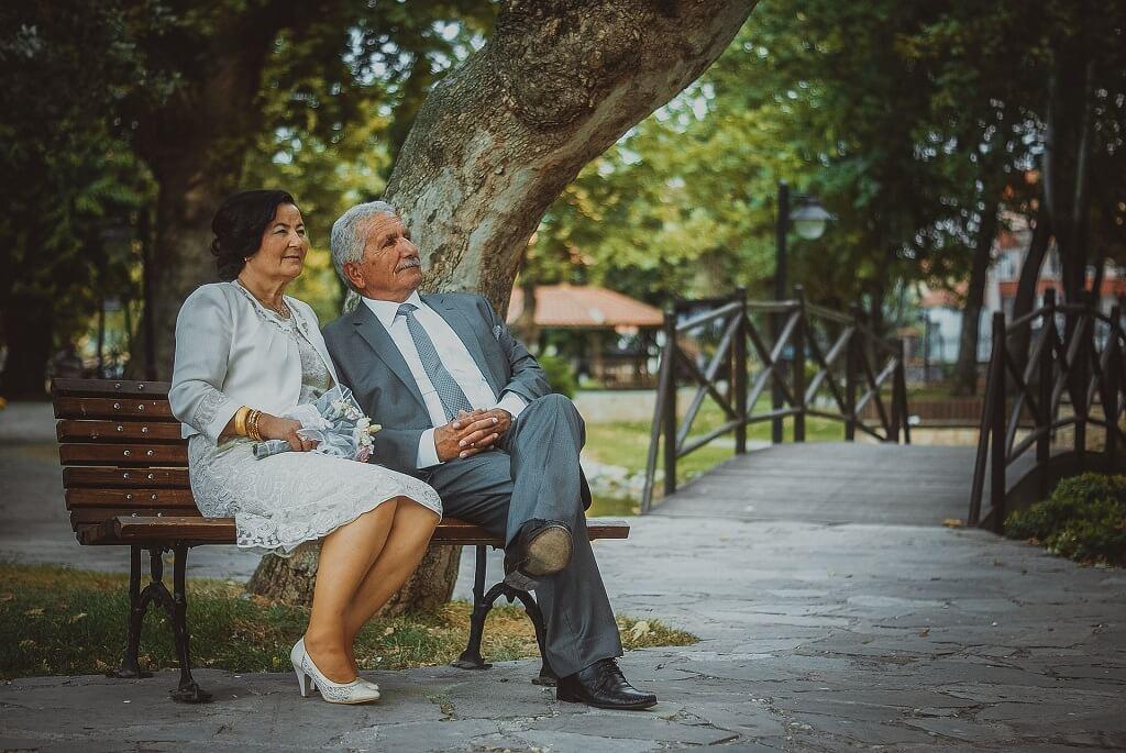 新床會陪兩人八年到十年,選張雙方都滿意的床,能讓夫妻都一覺到天亮