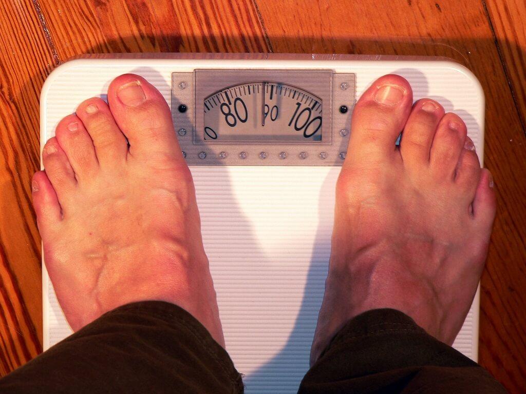 睡眠不足徵兆:發胖、減重沒成效