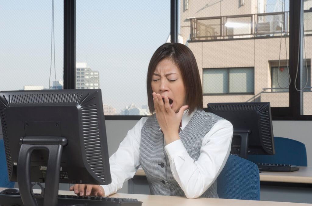 睡眠不足徵兆:容易出錯、生產力差